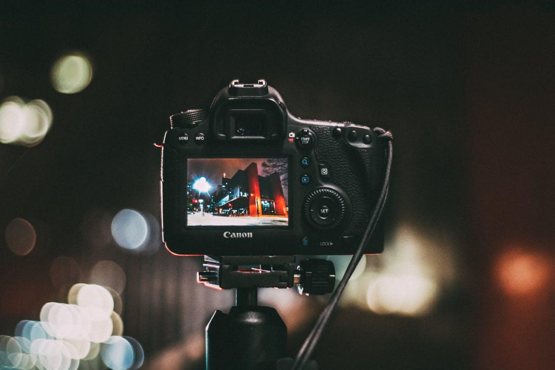 ビデオカメラと一眼レフカメラの違い
