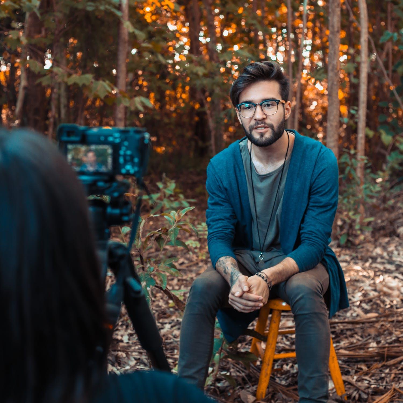 インタビュー動画撮影のコツ
