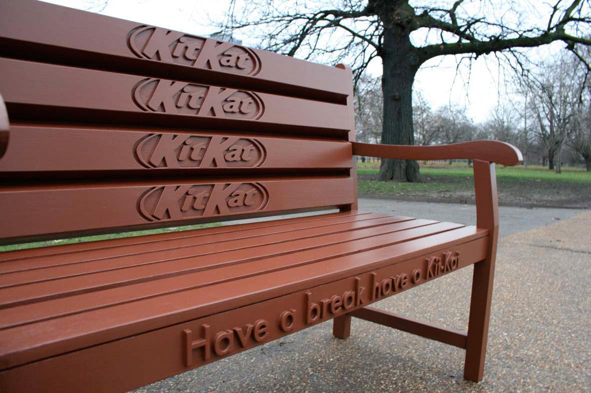 キットカットそっくりのベンチ