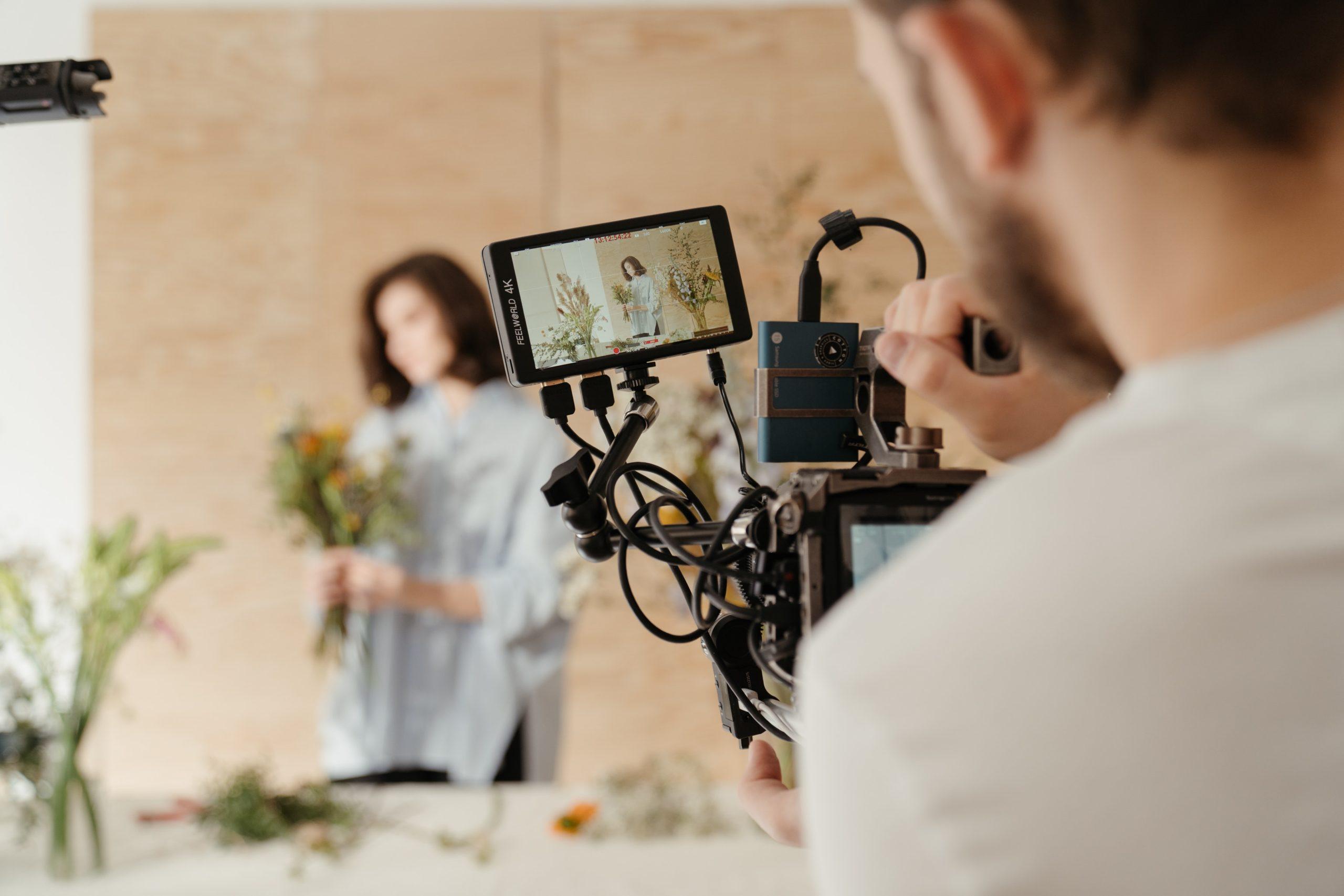 動画を用意する方法