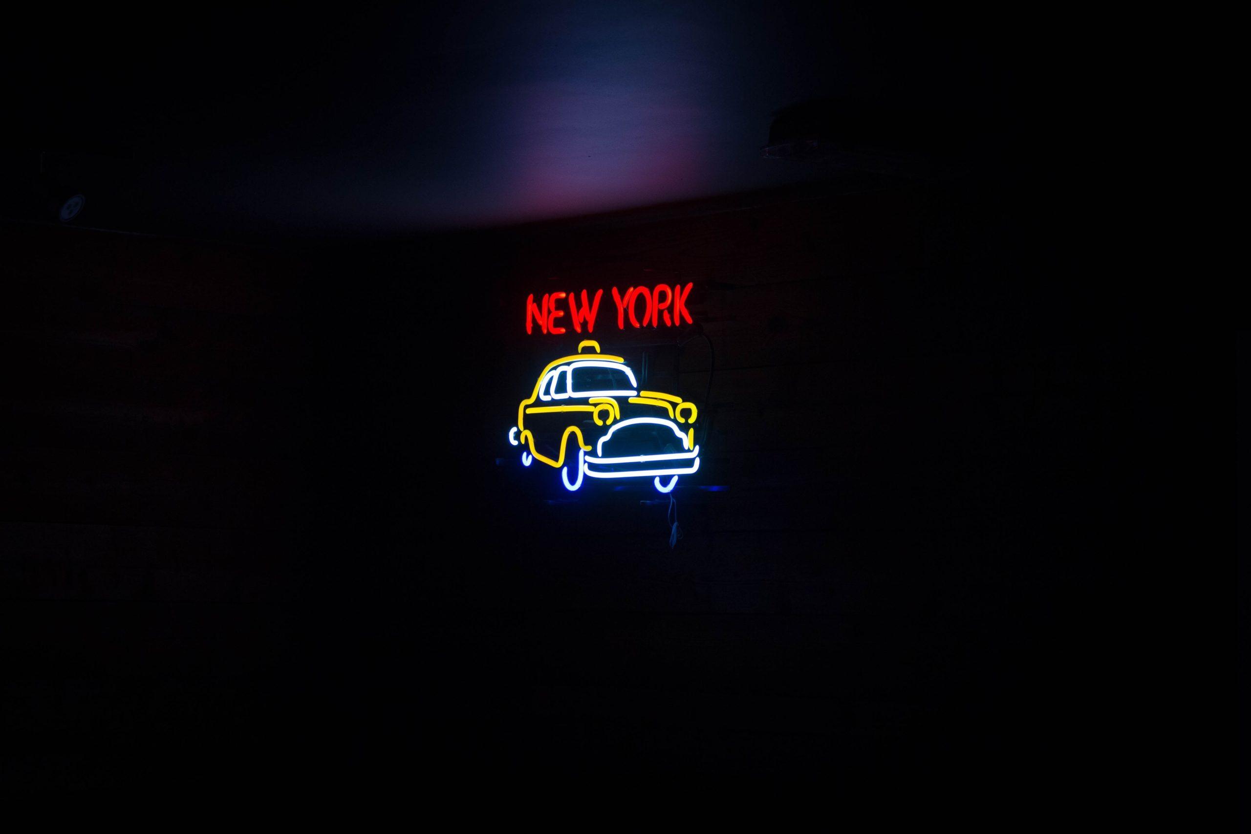 タクシー動画広告事例