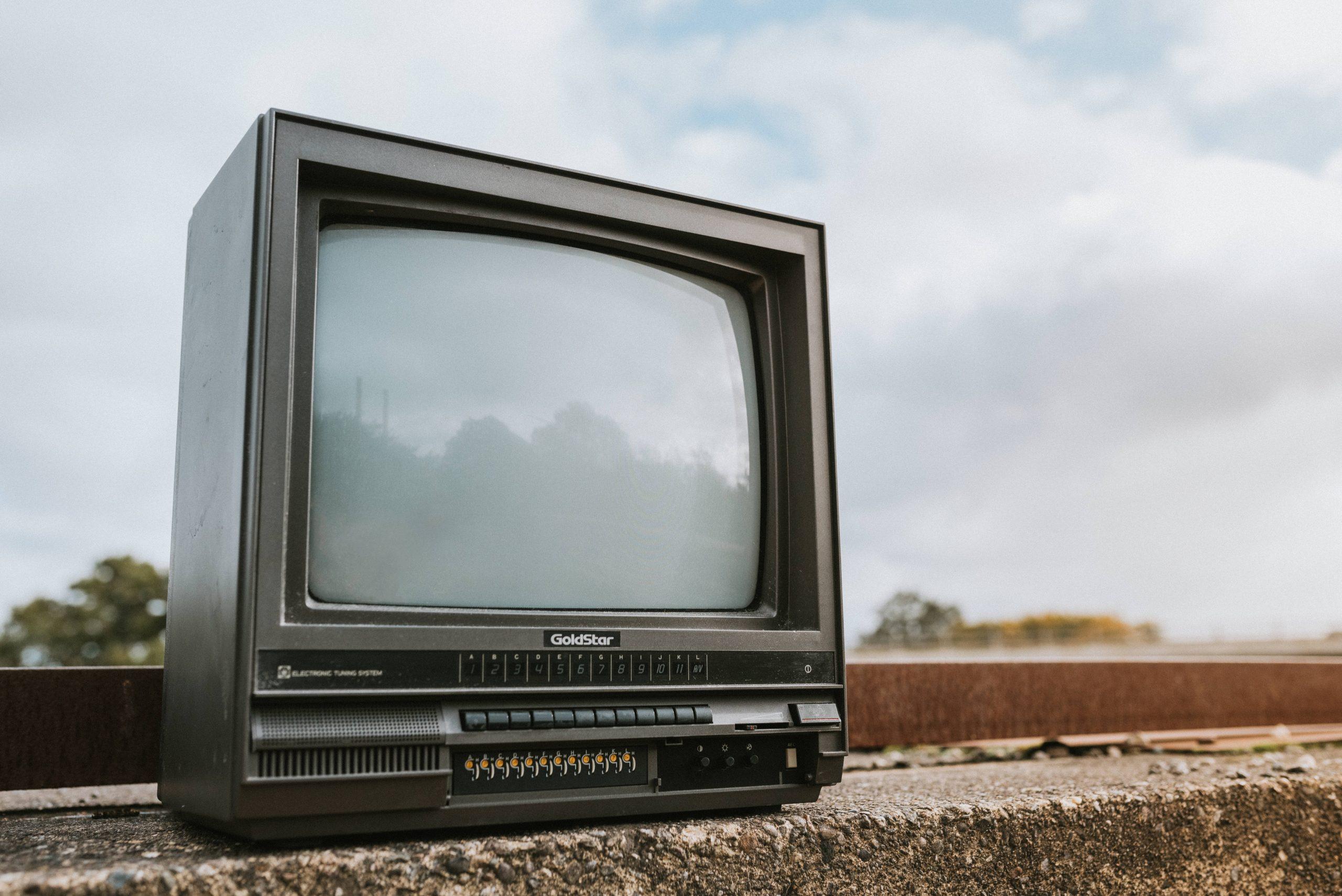 テレビでYouTube動画が重いときの原因と対処法
